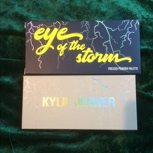 Kylie Jenner Eye of the Storm palette
